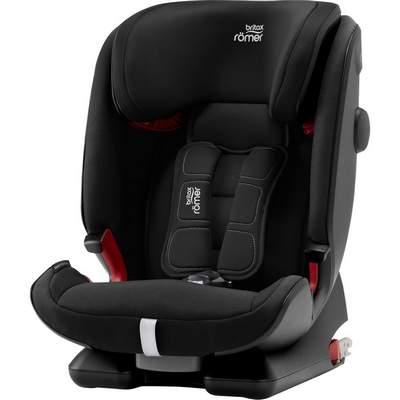 Sitze-mit-Funf-Punkt-Gurt-400px