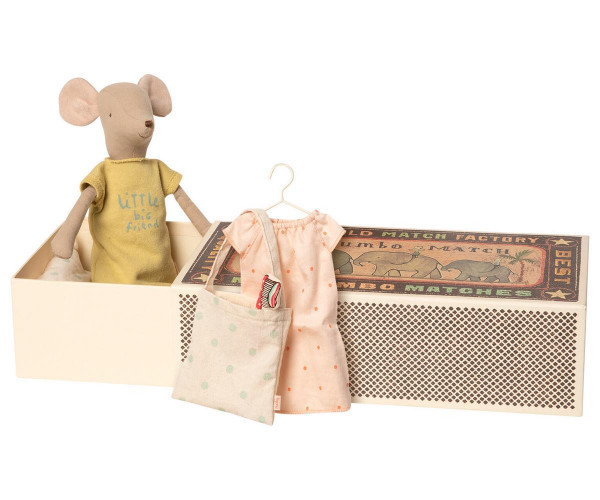 Maileg medium mouse in box incl. sleep- over set