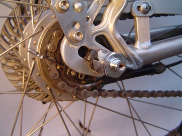 Follow Me Vollachse/Adapter für zweites Zugrad - 3/8 x 26G. 1 Paar. OHNE Riemen.